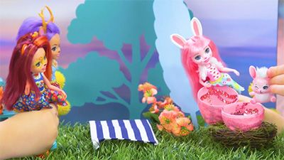 Spring Fashion: Episode 1 Bree Bunny video image